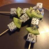 White dragonfruit & kiwifruit kebabs