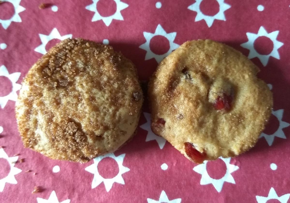 Vegan Peanut Butter Cookies, done 2ways