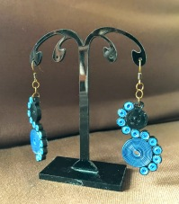Twists & Turns: Quilled earrings